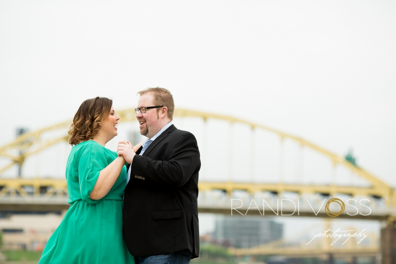 03_Point State Park Clemente Bridge Wedding Photography Pittsburgh_0021