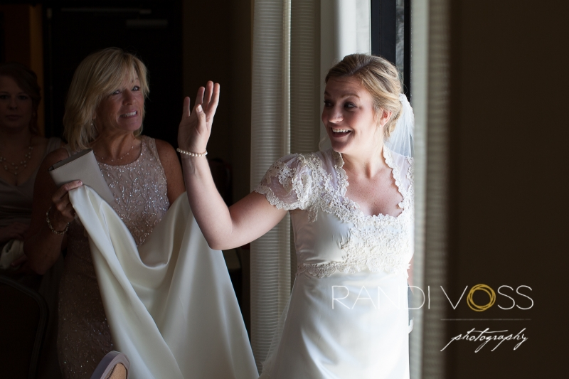 03_Mueller Center Heinz History Center Wedding Photography Pittsburgh_0315